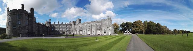 destination, travel, UNESCO World Heritage Sites, travel destination, traveling, travel tips, Ireland, traveling activities